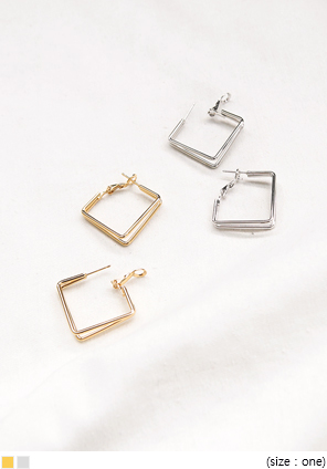 [JEWELRY] SLIM DOUBLE SQUARE EARRING