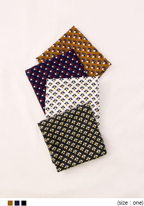 [ACC] FAY PATTERN SQUARE SCARF