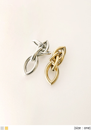 [JEWELRY] BOLD CHAIN MATTE EARRING