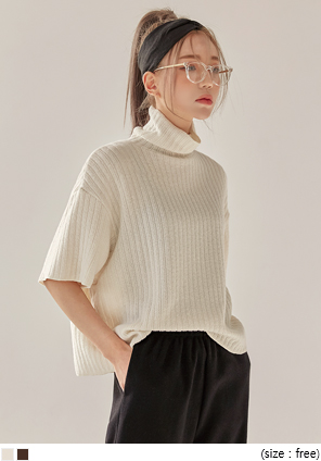 [TOP] USUAL GOLGI ROUGH HIGH NECK 1/2 KNIT