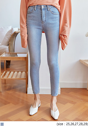 [BOTTOM] BLARE LIGHT WASHING DENIM SKINNY