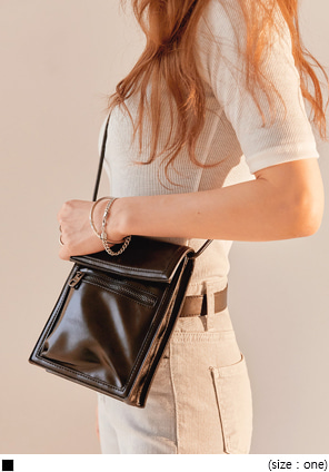[BAG] 2 WAY CRUSH POCKET LEATHER MINI BAG