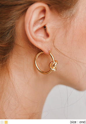[JEWELRY] TUBBLE ANTIC TWIST RING EARRING