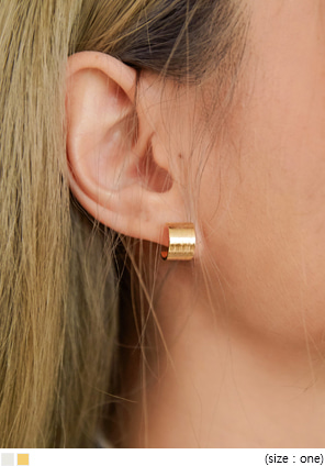 [JEWELRY] KENIS MINIMAL RING EARRING