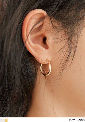 [JEWELRY] MATT WAVE RING EARRING