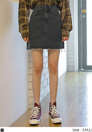 [SKIRT] EDAN CUTTING DENIM MINI SKIRT