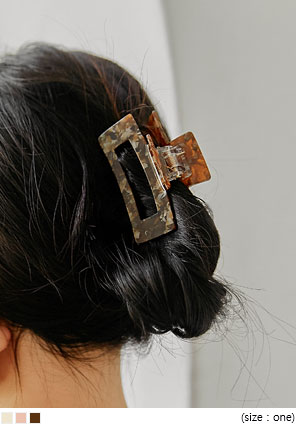 [ACC] SHELL SQUARE HAIR CLIP