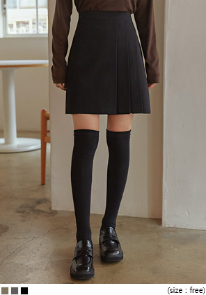 [SKIRT] MOAMI UNBAL PLEATS MINI SKIRT