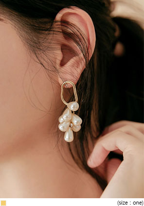[JEWELRY] MOIS GOLD PEARL DROP EARRING