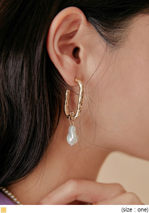 [JEWELRY] RINE GOLD PEARL DROP EARRING