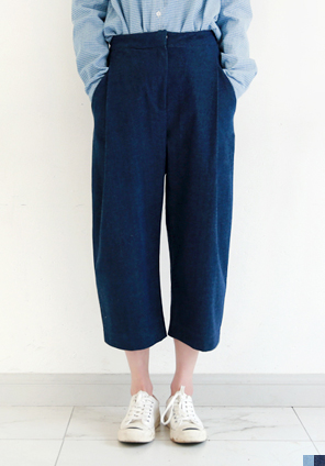 [BOTTOM] PINTUCK DENIM PANTS